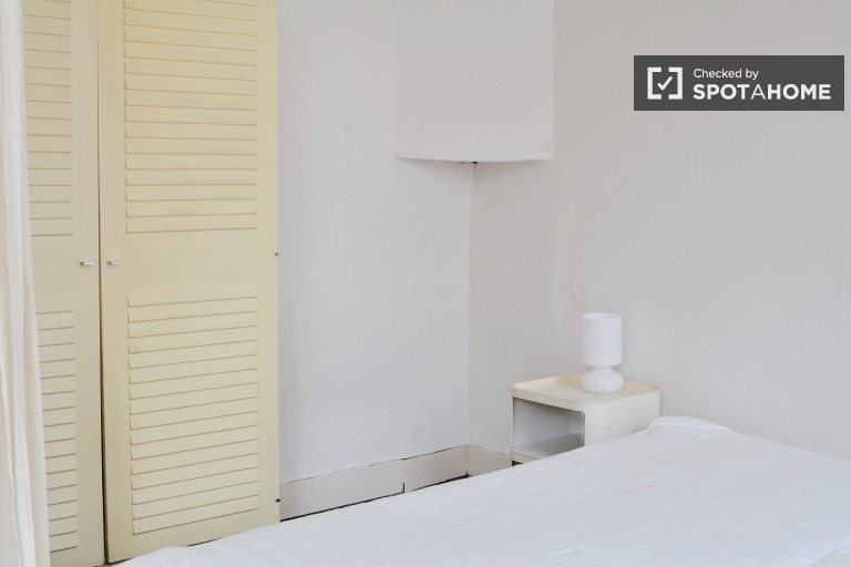 Twin Beds in Student Rooms for Rent in 4 Bedroom Apartment Near the Free University of Brussels