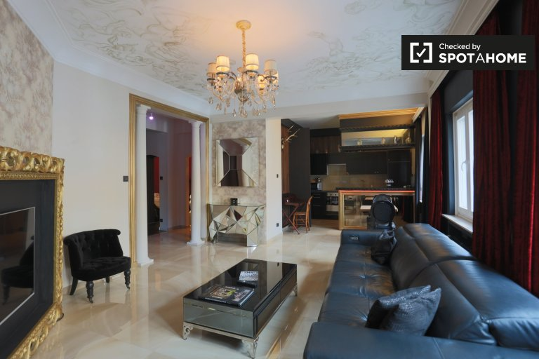 Élégant appartement 1 chambre avec balcon dans le quartier animé d'Ixelles