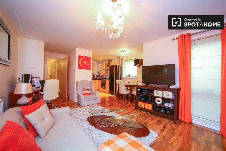 Acolhedor apartamento de 2 quartos para alugar em Feltham, Londres