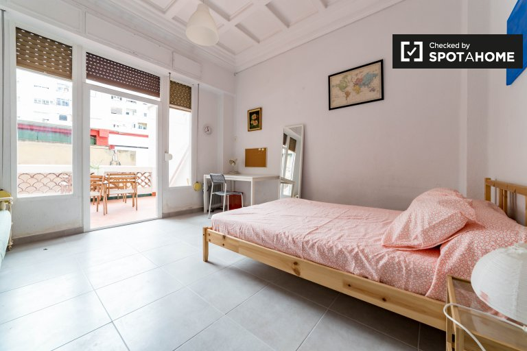 Bedroom 5 - double bed and balcony
