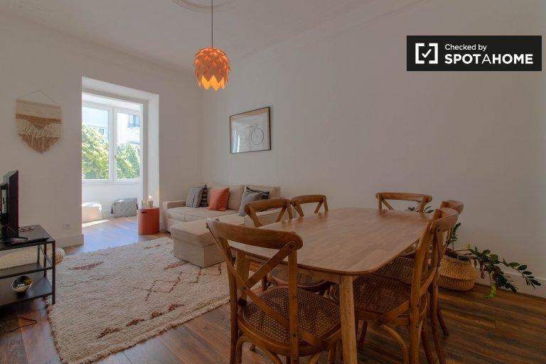 4-pokojowe mieszkanie do wynajęcia w Estrela, Lisboa