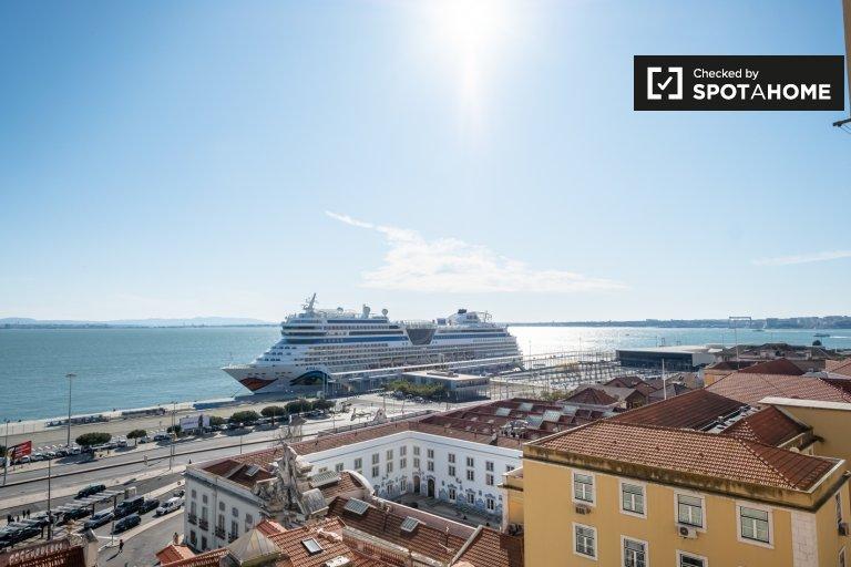 Appartamento con 3 camere da letto in affitto a Graça e São Vicente, Lisbona