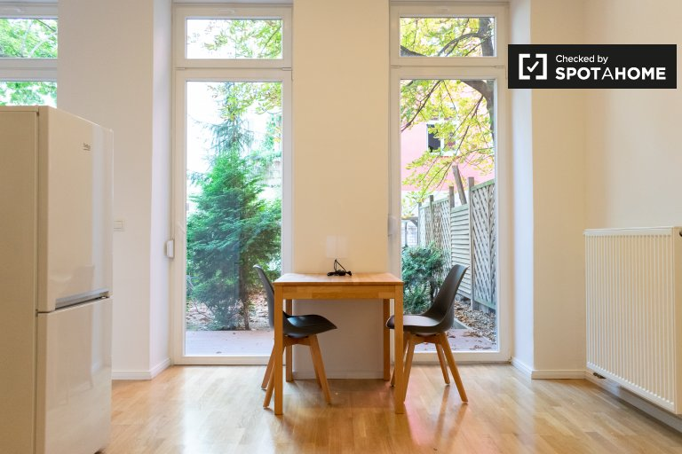Nowoczesny apartament z 1 sypialnią w dzielnicy Friedrichshain w Berlinie