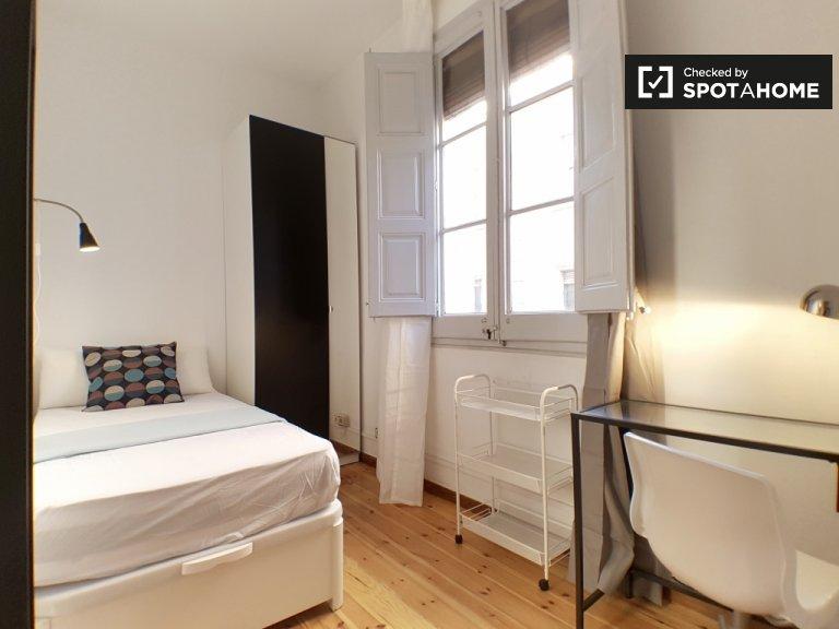 Sonniges Zimmer zur Miete in Gràcia, Barcelona
