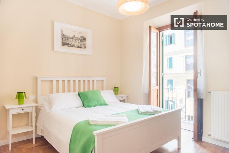 appartement 1 chambre avec balcon à louer - Rome centre ville