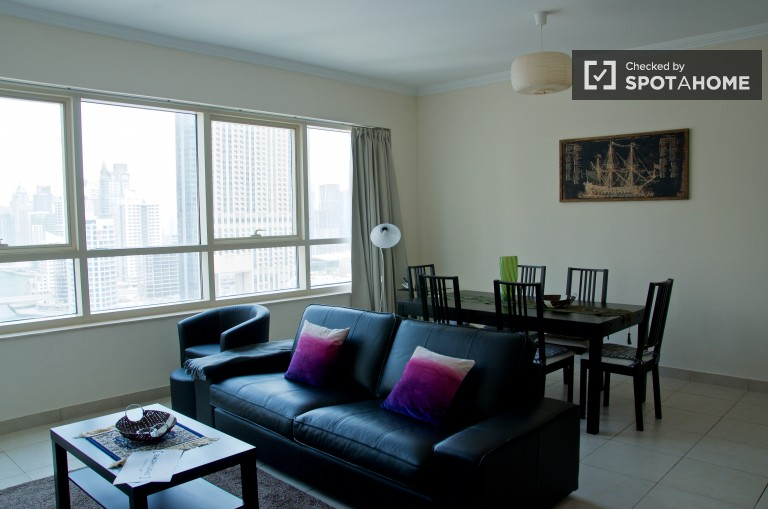 2-bedroom apartment with panoramic views for rent in Dubai Marina