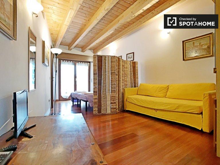 Studio-Wohnung zur Miete in Lancetti, Mailand