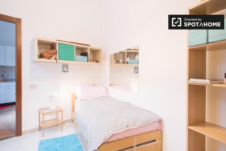Prywatny pokój w apartamencie z 5 sypialniami w San Lorenzo w Rzymie