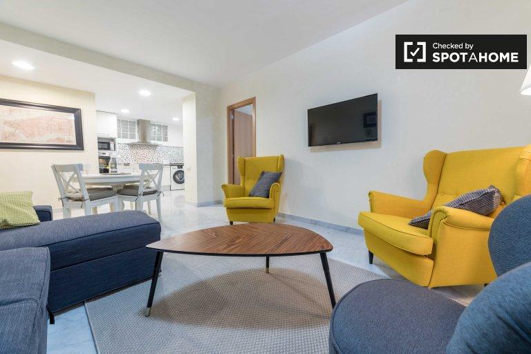 Modern 2 Bedroom Apartment For Rent, Ciutat Vella, Valencia