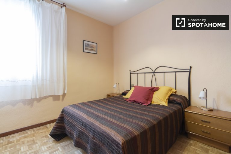 Moncloa, Madrid'de kiralık 2 odalı daire