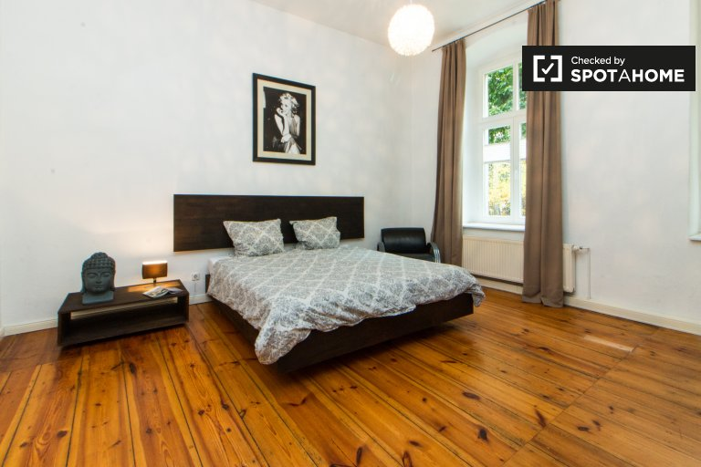 1-bedroom apartment with terrace for rent in Mitte, Berlin