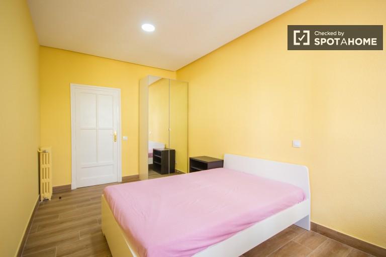 Cosy and quiet double bedroom 2