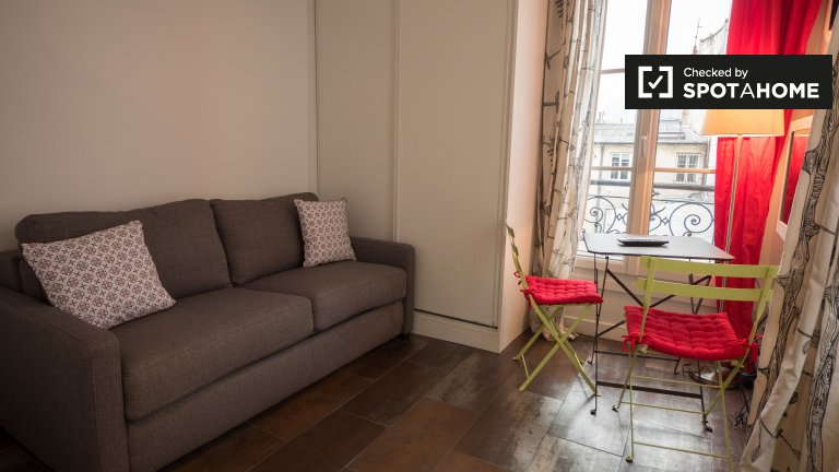 Cosy studio apartment for rent in Paris' 3rd Arrondissement