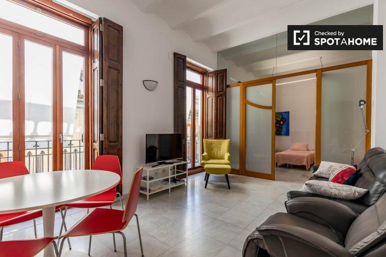 3-pokojowe mieszkanie do wynajęcia w Ciutat Vella, Valencia