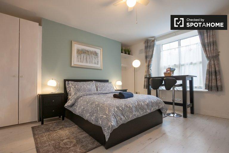 Cozy studio apartment for rent in Rathgar, Dublin