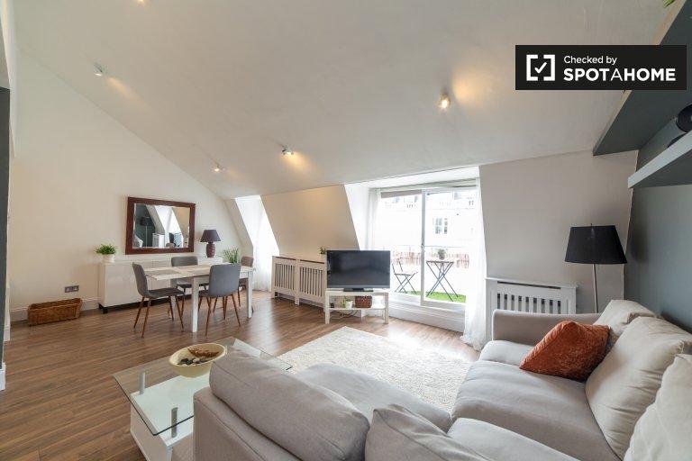 Stylish 2-bedroom flat to rent in Paddington, London