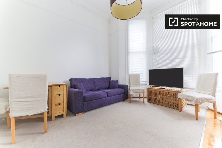 Great 1-bedroom flat to rent in Kensington, London
