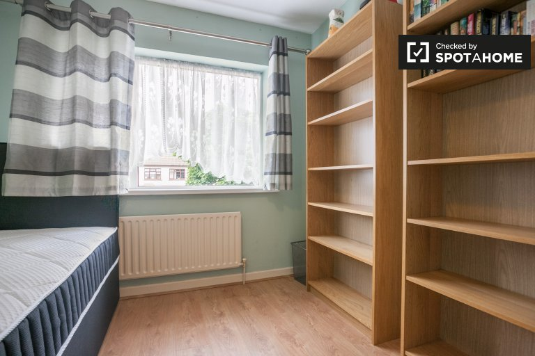 Zimmer zu vermieten in 3-Zimmer-Haus in Swords, Dublin