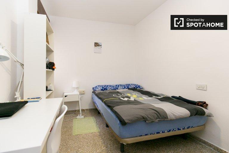 Sonniges Zimmer zu vermieten in Granada Centro