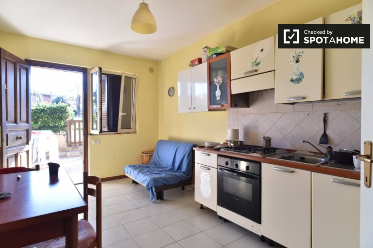 Furnished 2-bedroom apartment for rent in Tor Vergata, Rome