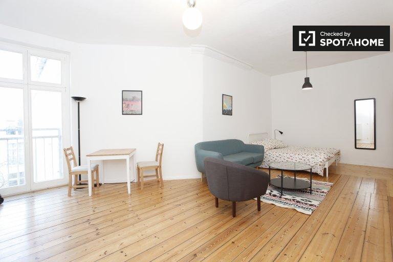 Nowoczesny apartament typu studio do wynajęcia w Friedrichshain, Berlin