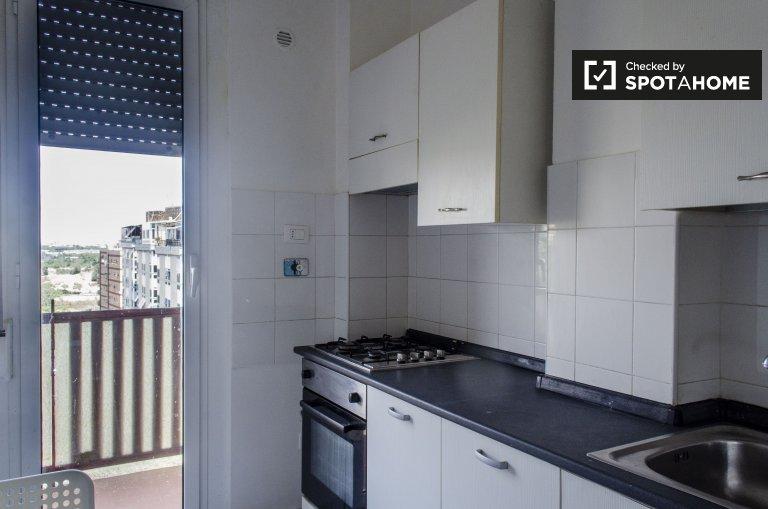 Appartement calme avec 3 chambres à louer à Tiburtino, Rome