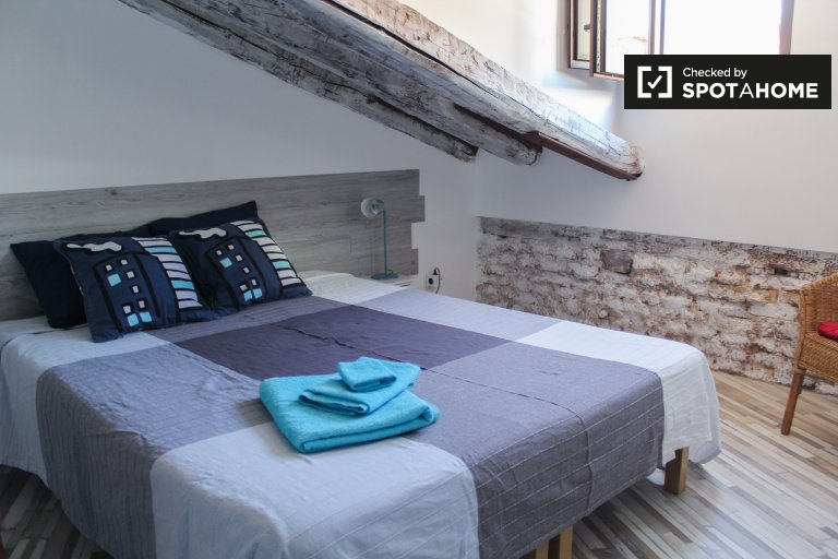 Cozy studio apartment for rent in Madrid City Centre