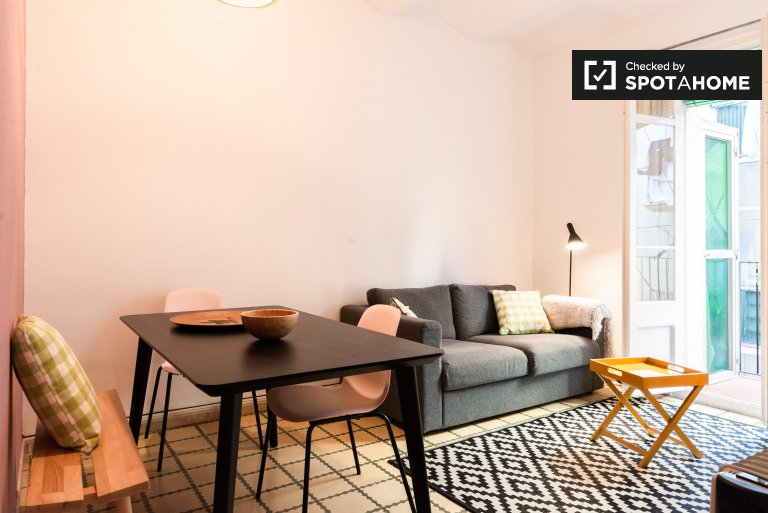 Charming 2-bedroom apartment for rent in Sants, Barcelona