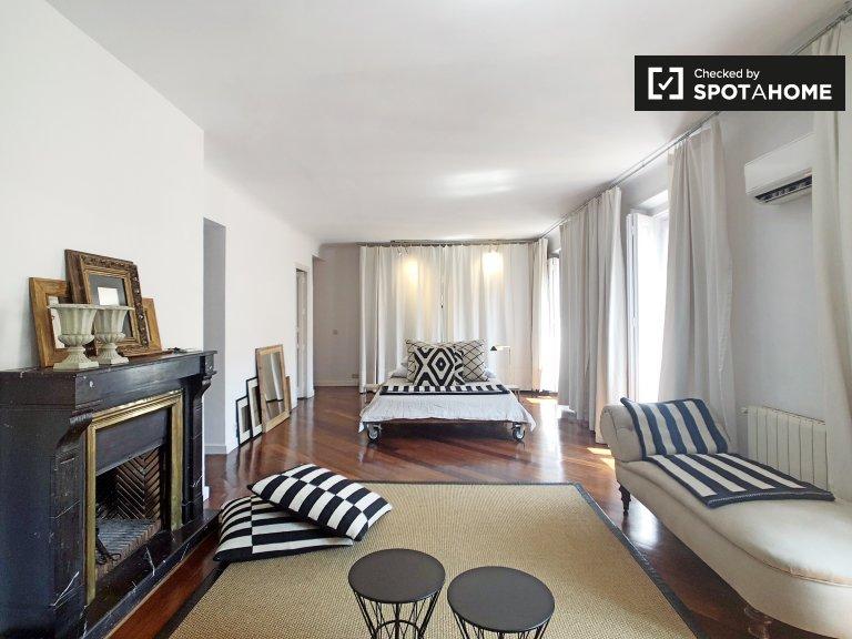 Studio apartment for rent in La Latina, Madrid