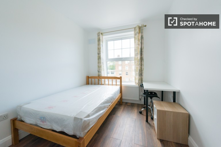 Bedroom 3 with double bed and chest of drawers