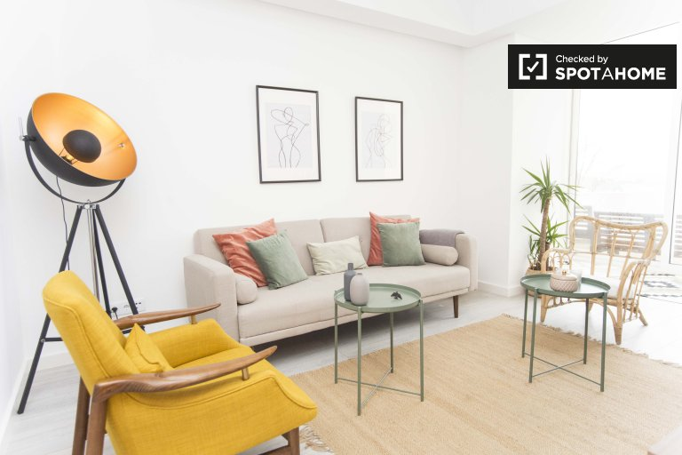 Stylish 3-bedroom apartment for rent in Penha de França