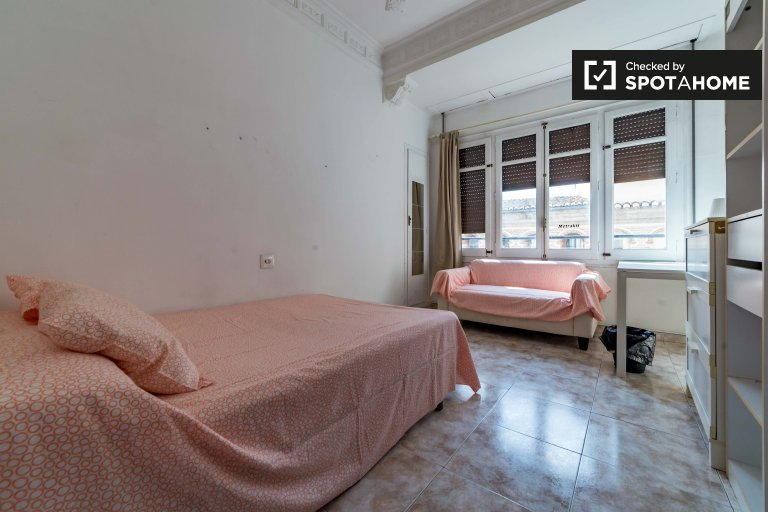 Uroczy pokój do wynajęcia w Ciutat Vella, Valencia