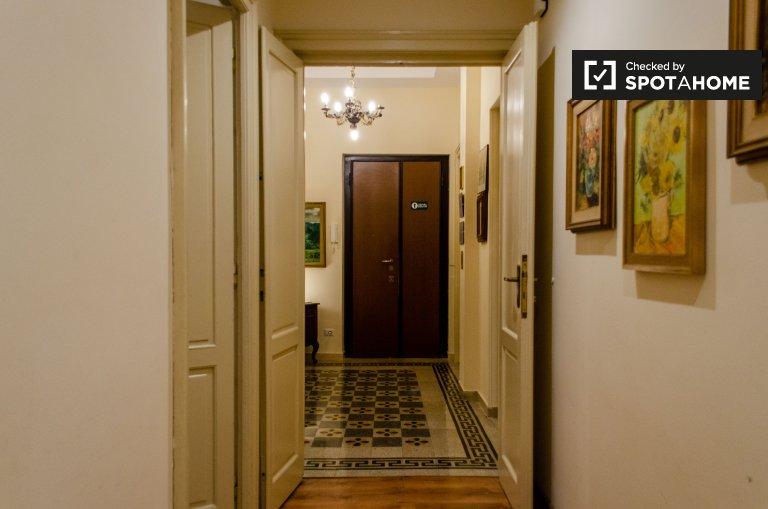 Appartement de 4 chambres à louer à Prati, Rome