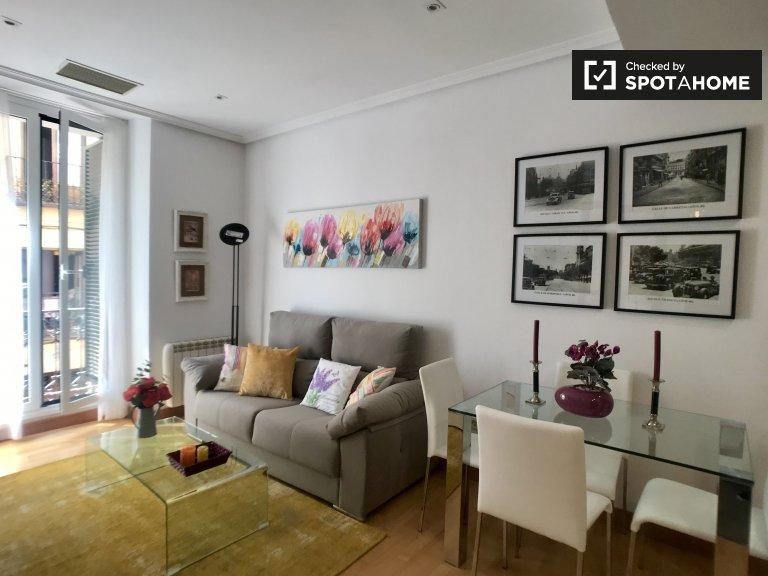 Elegante apartamento de 1 dormitorio en alquiler en Centro, Madrid