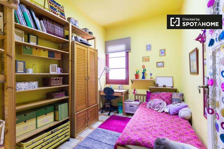 Bedroom Fucsia - Single bed