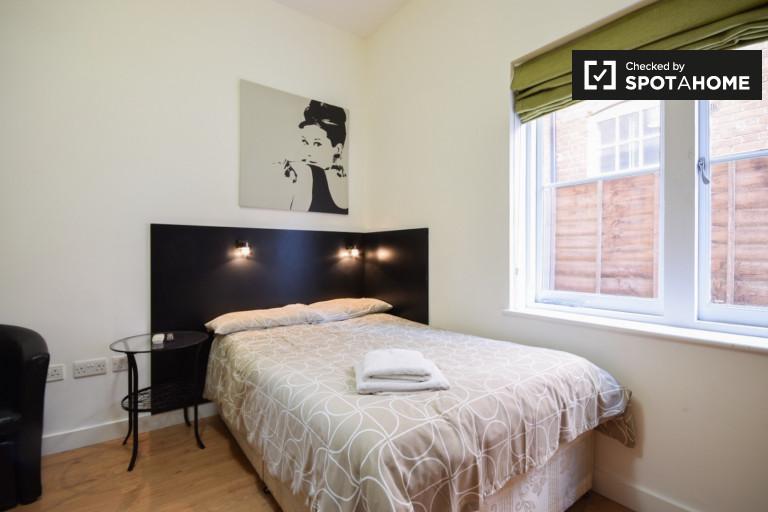 Studio-Wohnung zur Miete in Finchley, London