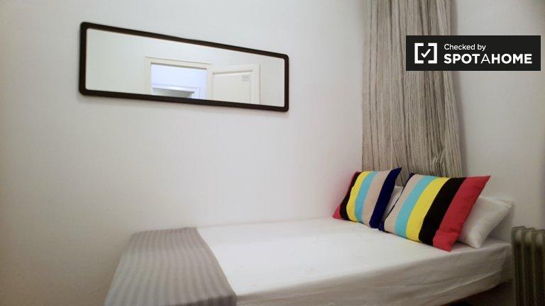 Gemütliche Zimmer zu vermieten in Eixample, Barcelona