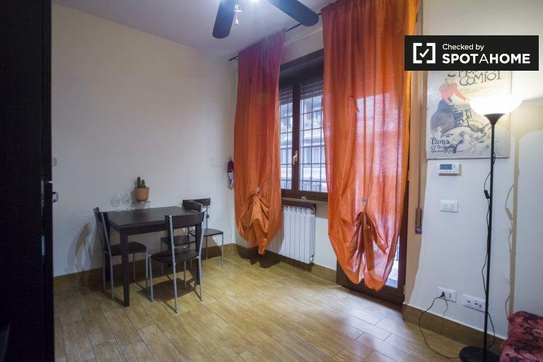 Eclectic 1-bedroom apartment for rent in Aurelio, Rome