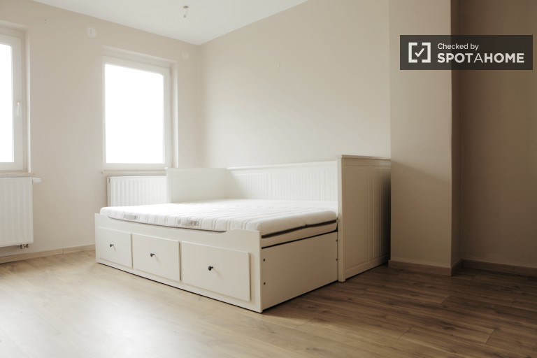 Bedroom 6 with Double Bed on 1st Floor