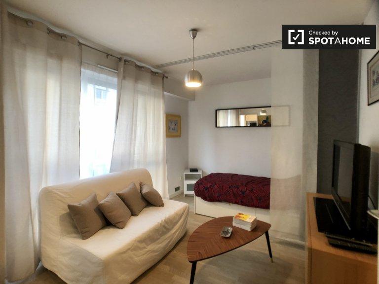 Ordinato monolocale in affitto nel 18 ° arrondissement di Parigi