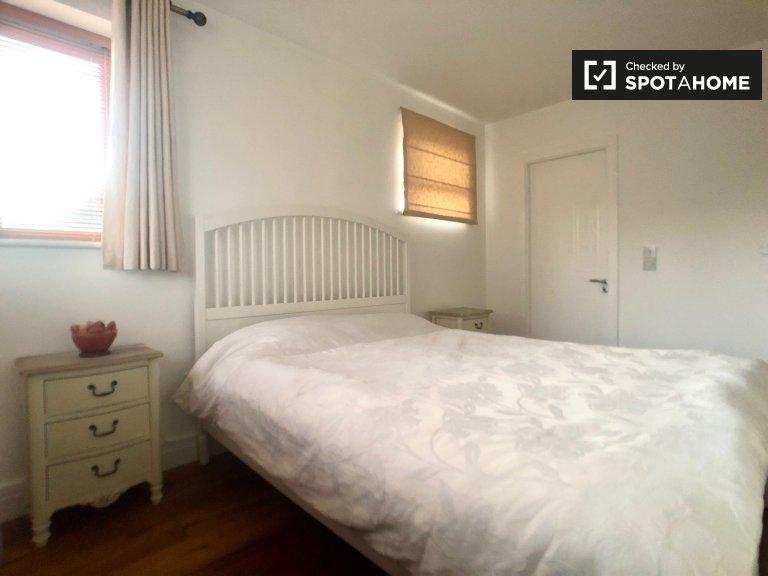 Quarto de casal para alugar, apartamento de 3 quartos, Kilmainham, Dublin