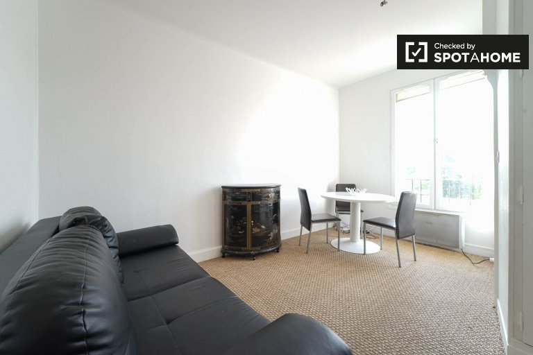 Charming 1-bedroom apartment for rent in Maisons-Alfort, near metro