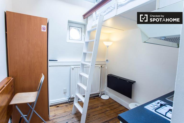 Estudio semi-independiente en alquiler en Bruselas Centro de la ciudad