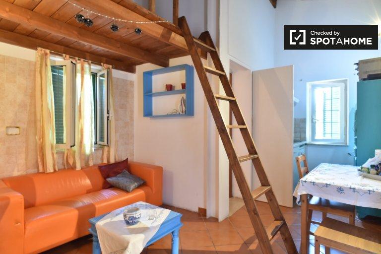 San Giovanni, Roma'da kiralık güzel 1 odalı daire