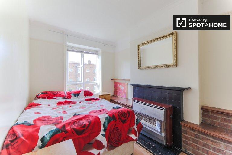 Chambre lumineuse dans un appartement de 4 chambres à Wimbledon, Londres