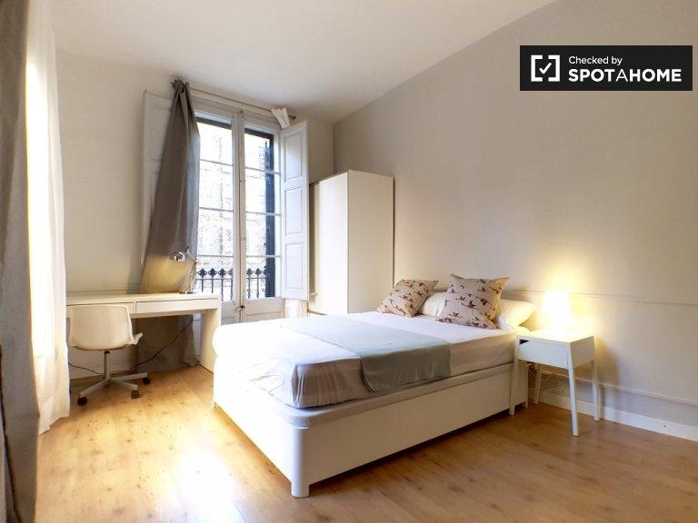 Herrliches Zimmer zu vermieten in Gràcia, Barcelona