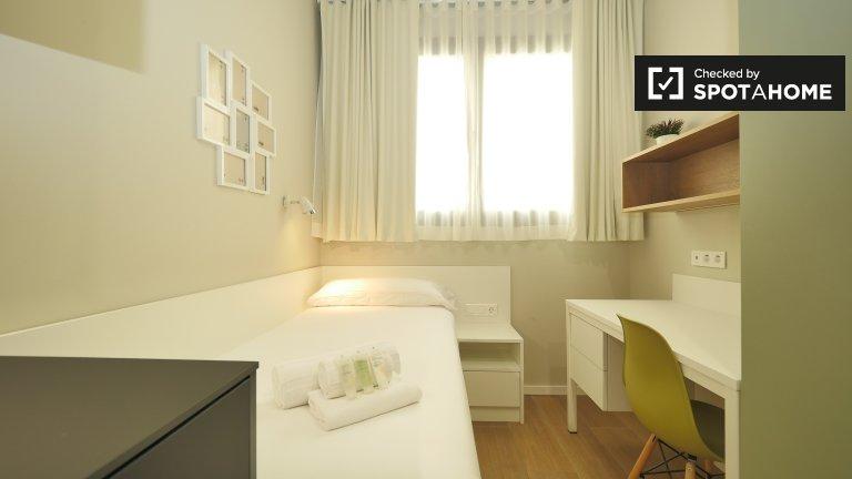 Studio for rent in residence in Eixample Esquerra, Barcelona