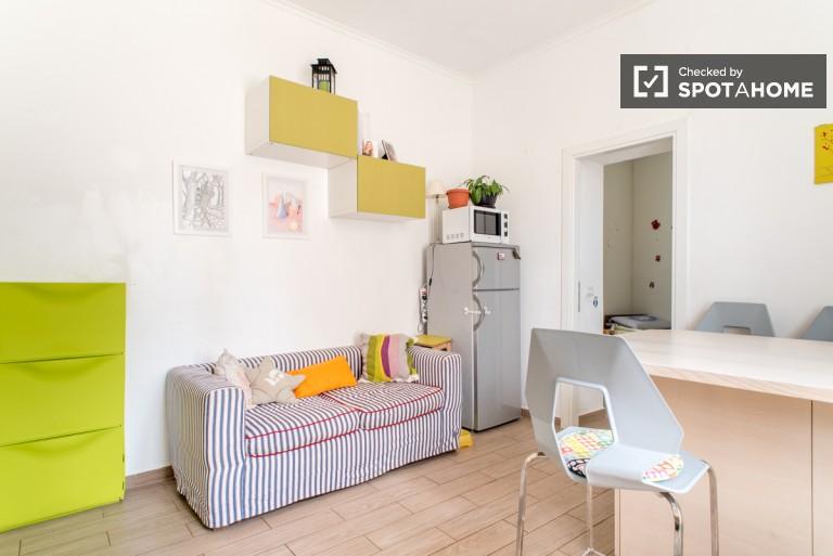 Appartement de 2 chambres avec climatisation à louer à Aurelio, Rome