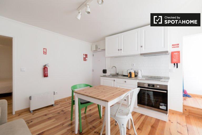 Charming studio apartment for rent in Estrela, Lisboa