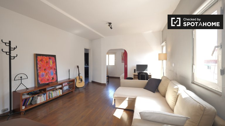 Modern 1-bedroom apartment for rent in Gràcia, Barcelona